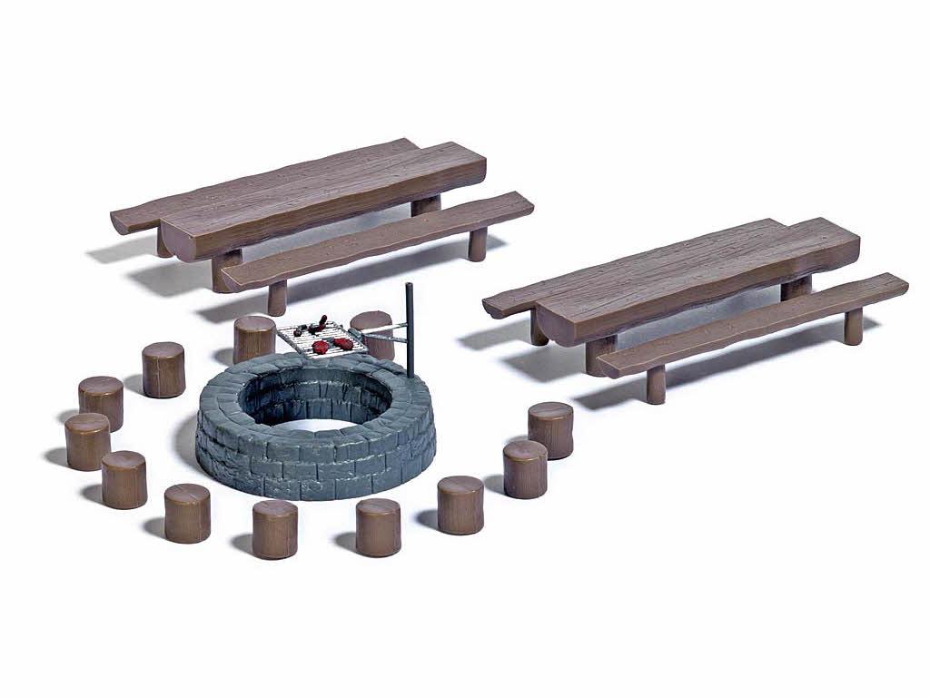 busch 7781 mini set waldgrillplatz sitzgelegenheiten. Black Bedroom Furniture Sets. Home Design Ideas